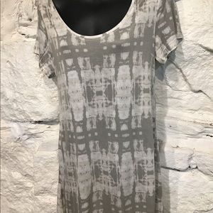Kirra short sleeve top size small